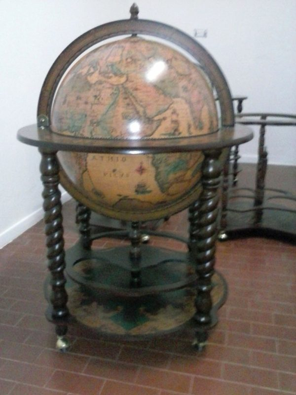 Noble Bacchus spiral leg globe bar - customer photo