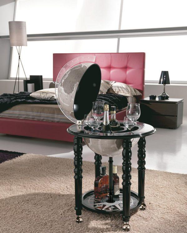 Designer Elegance modern globe bar - black, studio photo