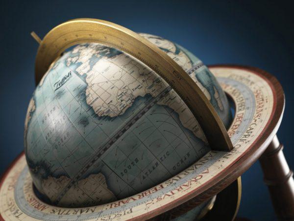 Product photo of the Cassini Italian Table Globe - top