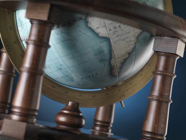 Product photo of the Cassini Italian Table Globe - bottom