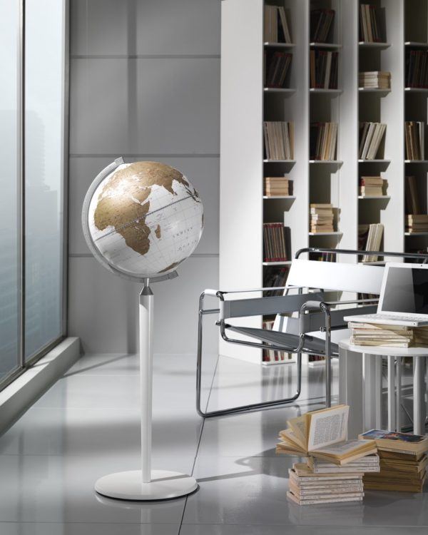 Vasco da Gama floor-standing world globe - white, studio photo